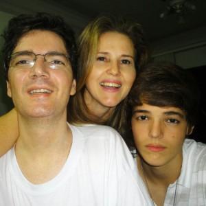 Elmo, a esposa Darlene e o filho Eric